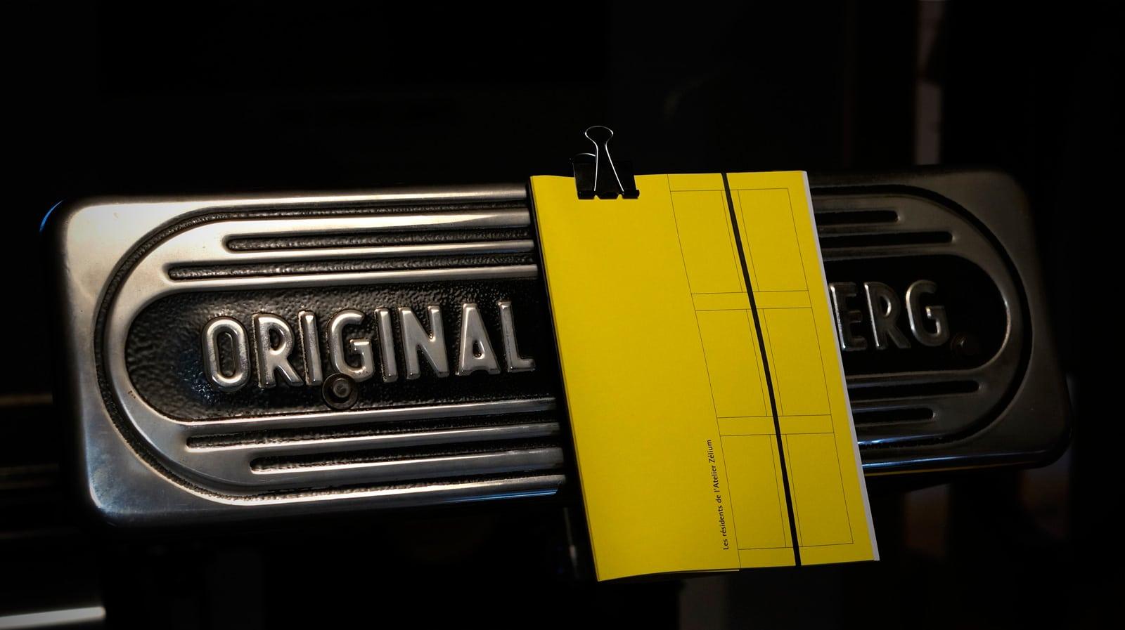dossier-presse-jaune-encart-3-studio-octopus