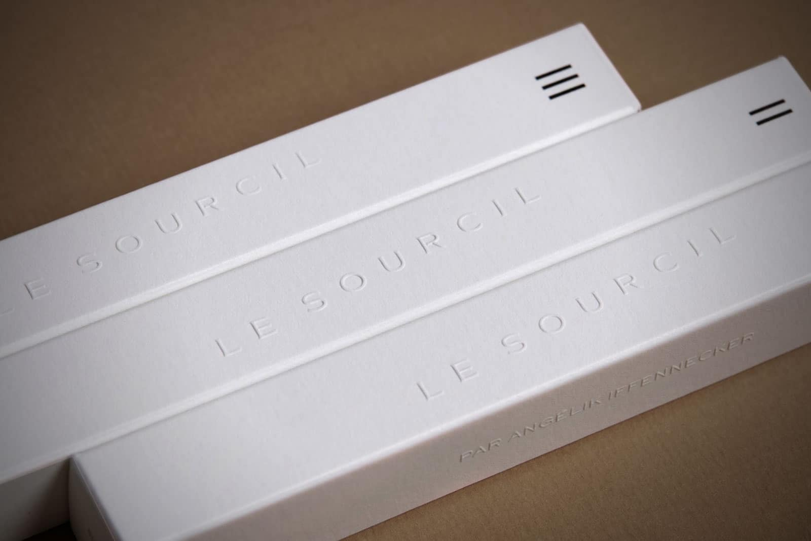 lesourcil_packaging_luxe_gaufrage_fedrigoni